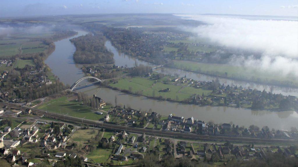 Saint-Pierre du Vauvray, village étape de la Seine à vélo